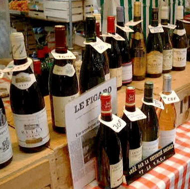French wines on sale, Bastille Market, Paris © Shirley Burchill